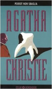 book cover of Poirot non sbaglia by Agatha Christie